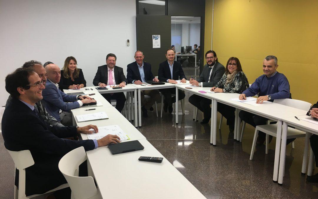 reunión de la junta de govierno  del colegio de mediadores de seguros de lleida en el cei de balaguer