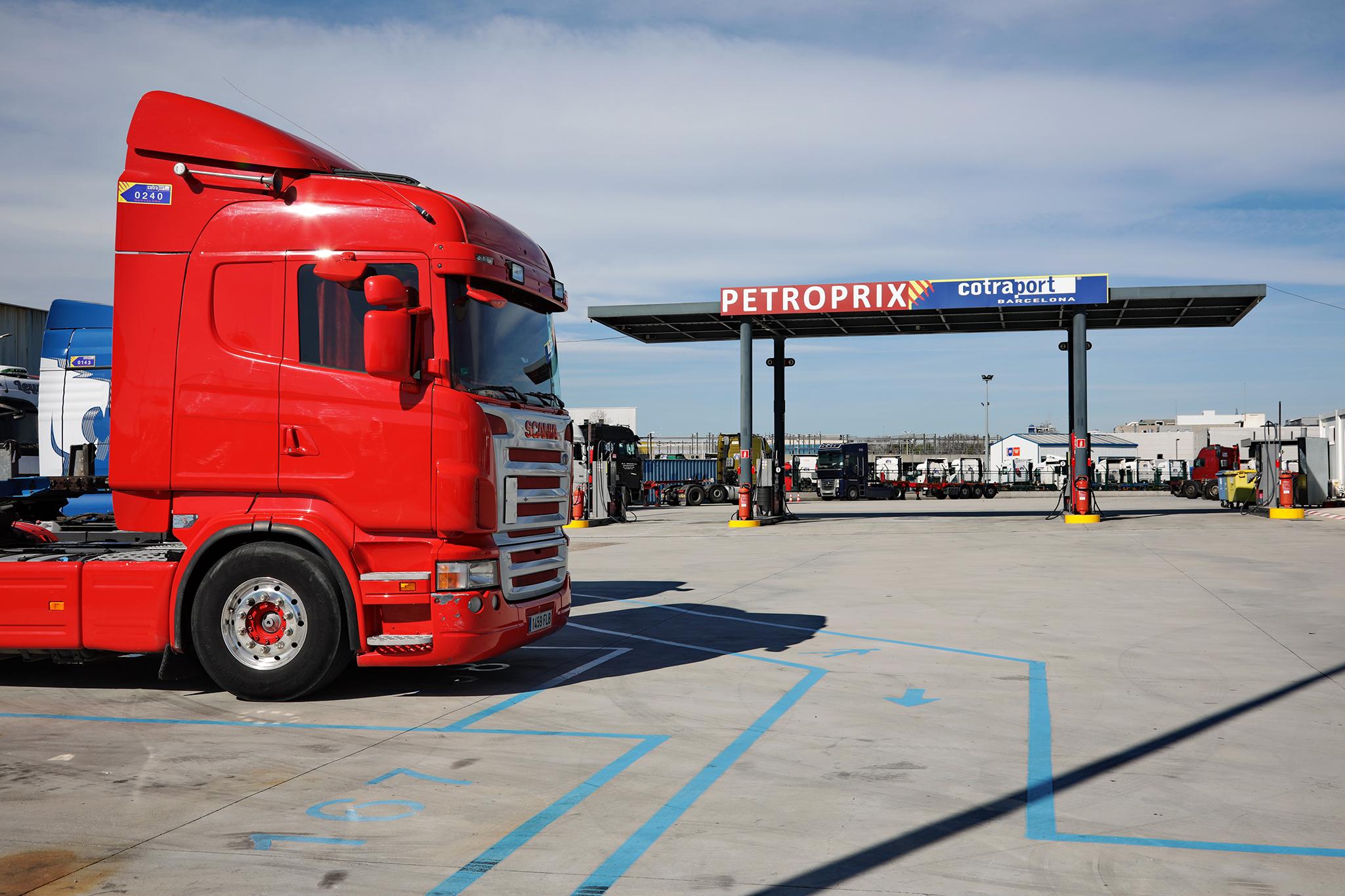 Cimalsa impulsa la gasolinera más sostenible en el Truk Port de Barcelona