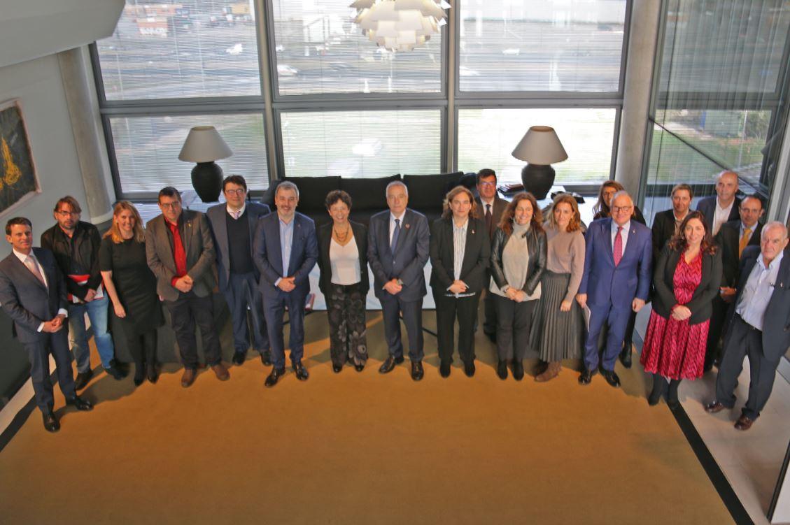 foto del plenario del consorzi de la zona franca