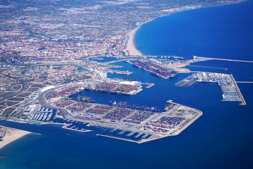 El tráfico de contenedores de Valenciaport crece un 7,34% hasta el mes de octubre