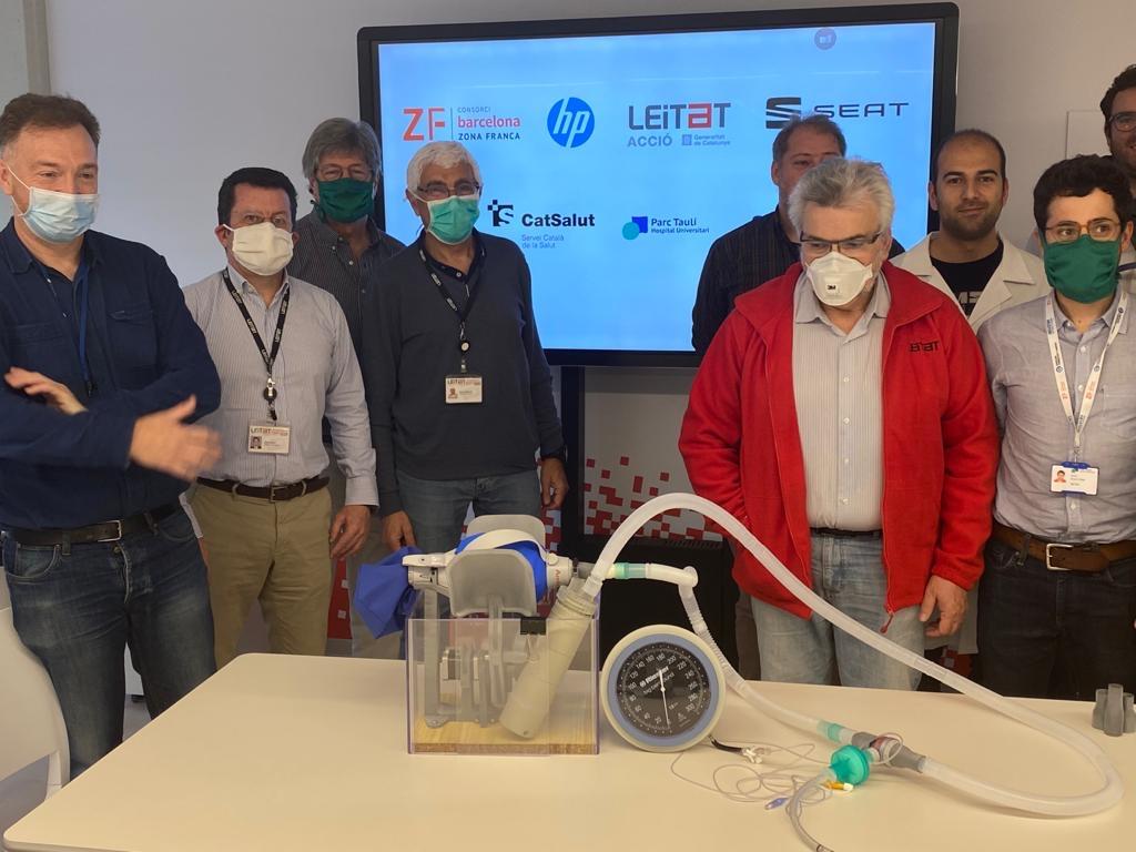equipo desarrollador respirador en 3d